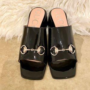 Brand New Gucci Vernice Crystal Sandal